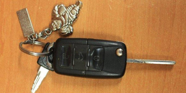 Klíče od vozidla s přívěškem