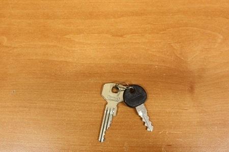 2 ks klíčů