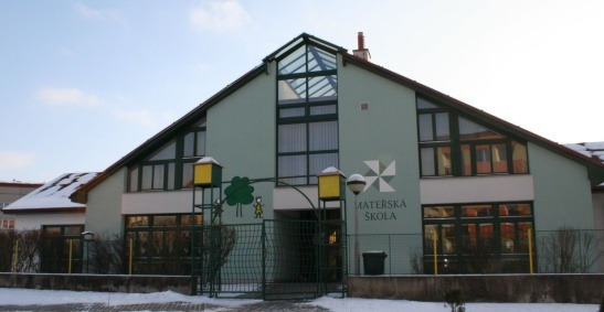 Mateřská škola, Lomená 1380, součást ZŠ Větrná